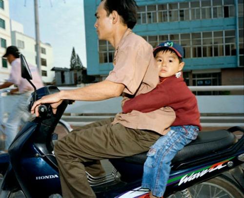 Moto_saigon-vietnam_22198-17_cc