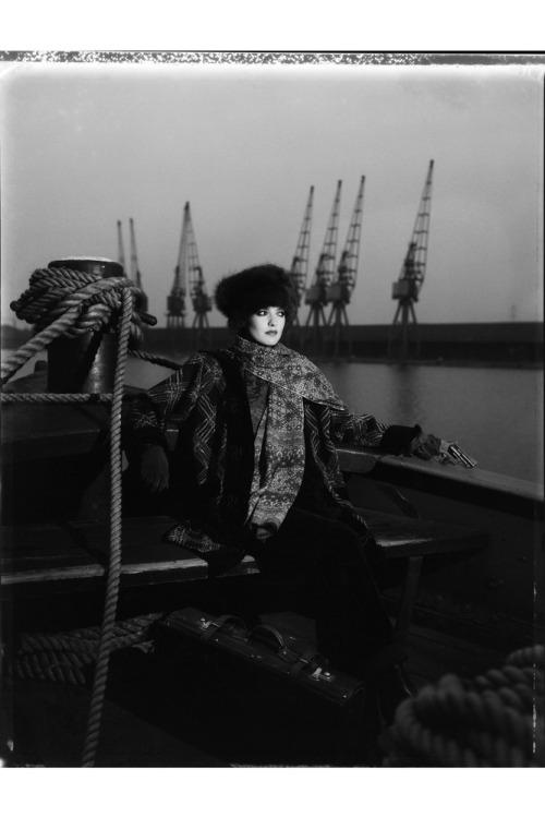 Catherine-bailey-docks-1983_v_04jul12_b
